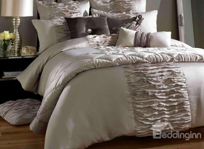 Luxury Courtly Beige Lace Trim Cotton Satin Drill Duvet