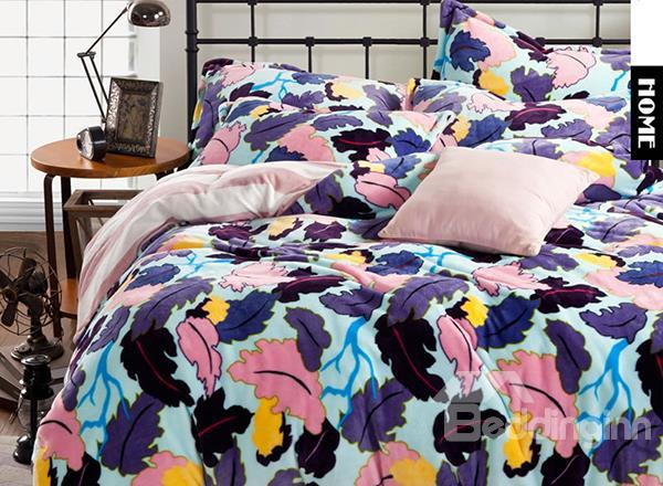 Camouflage Leaves Print 4-Piece Soft Coral Fleece Duvet Cover Sets