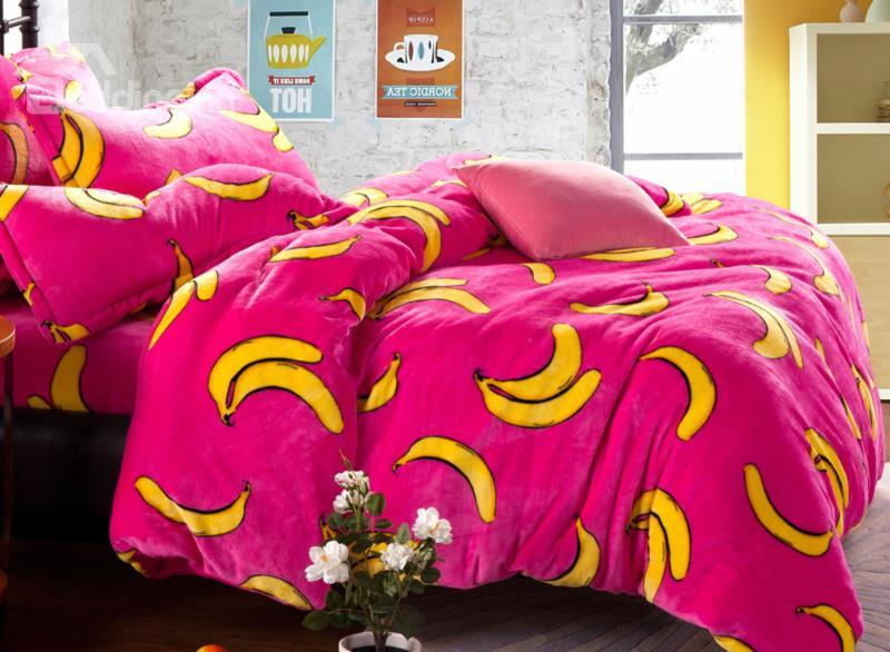 New Arrival Bright Color Banana Print Reversible 4-Piece Coral Fleece Duvet Cover Sets