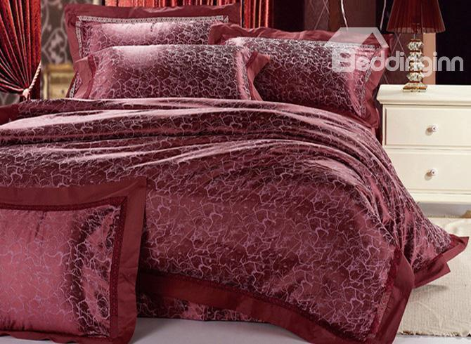 Patrician Deep Red Jacquard 4 Piece Saint Bedding Sets With Embroidery 10490309)