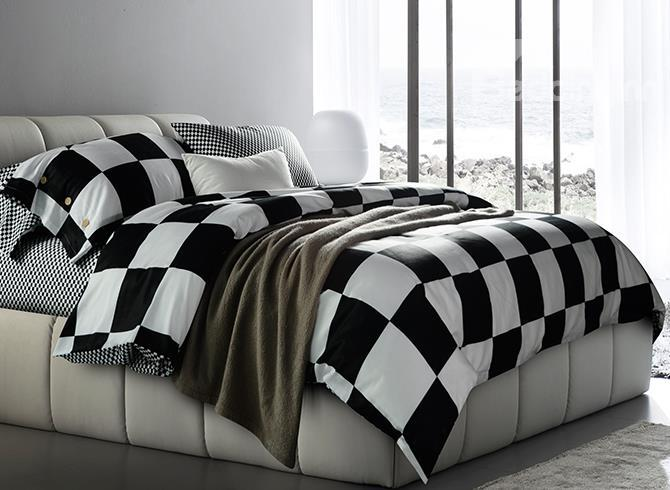 Fashion Black And White Checkered Squares Cotton Bedding Sets