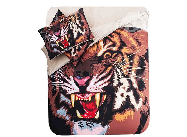 Bold And Powerful Tiger Print 4-Piece Coral Fleece Duvet Cover Set