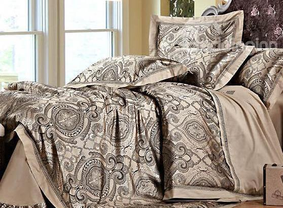 Court Style Retro Floral Pattern 4-Piece Silky Duvet Cover Sets
