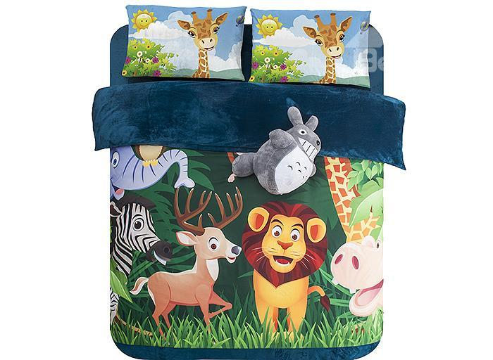 Animal Kingdom Print 4-Piece Coral Fleece Duvet Cover Sets