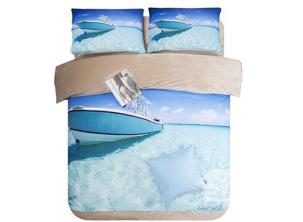 Yacht And Clear Water Print 4-Piece Comfy Coral Fleece Duvet Cover Sets