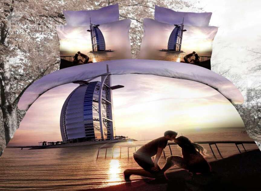 Lovers Kissing On Dubai Beach Print 4-Piece Cotton Duvet Cover Sets